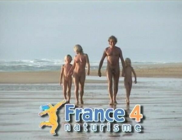French naturisme 4-Family Nudism  フランスの裸体