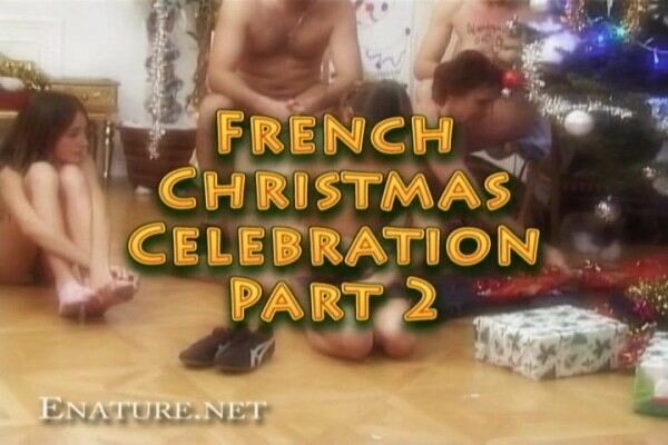 Naturist Family Video - French Christmas celebration 2  フランスのクリスマスのお祝い