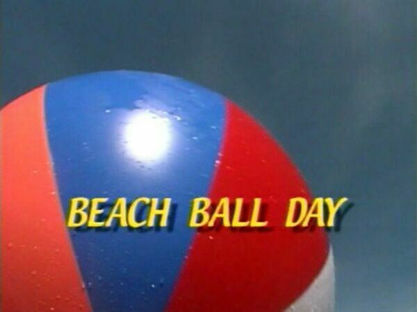 Naturist Family Video-Beach Ball Day  ビーチボール·デー