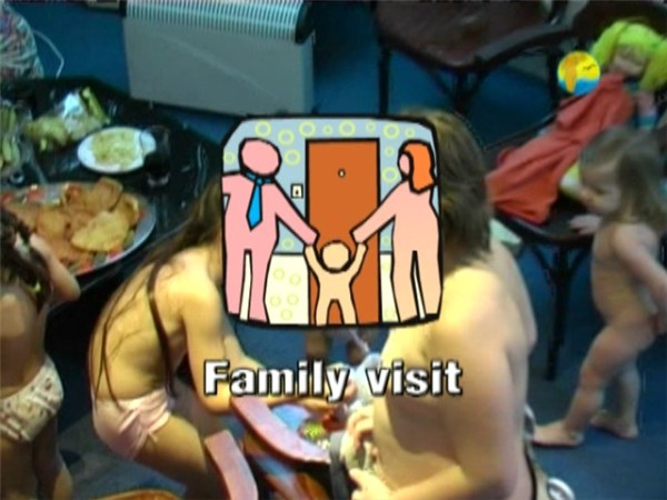 Family Visit-Naturist Freedom  親族訪問