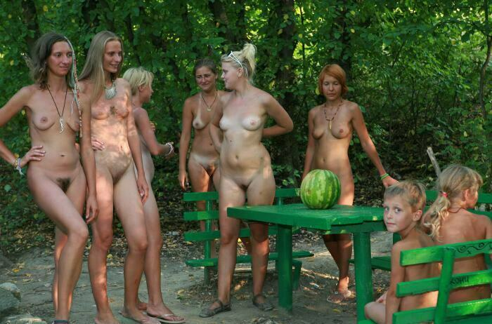 Green Picnic Naturists-Family Nudism 2013