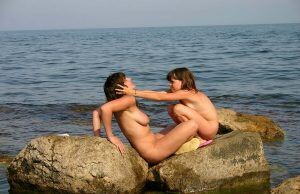 nudist family pictures