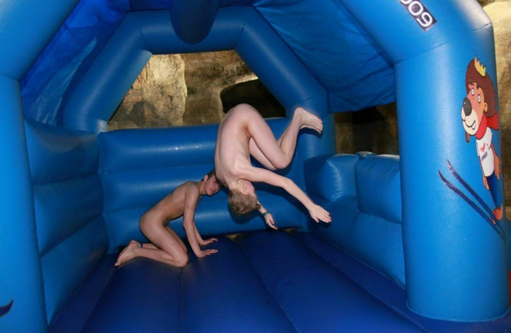 Naturist Club Games - Naturism Family Events [Puren udism photo] set2