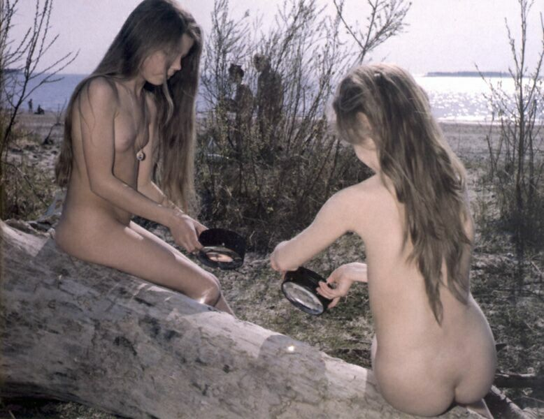 Pure nudism vintage photo gallery of families nudists